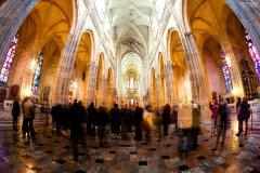 """<h3>Rybí oko v úžasu zírá do útrob katedrály</h3><p>Michal Jirák: """"Katedrála sv. Víta s rybím okem. Krásná architektura, bez komentáře.""""</p><hr /><a href='http://www.facebook.com/sharer.php?u=http://www.milujuprahu.cz/2013/11/michal-ma-pevnou-ruku-do-mrazivych-noci/' target='_blank' title='Share this page on Facebook'><img src='http://www.milujuprahu.cz/wp-content/themes/twentyten/images/flike.png' /></a><a href='https://plusone.google.com/_/+1/confirm?hl=en&url=http://www.milujuprahu.cz/2013/11/michal-ma-pevnou-ruku-do-mrazivych-noci/' target='_blank' title='Plus one this page on Google'><img src='http://www.milujuprahu.cz/wp-content/themes/twentyten/images/plusone.png' /></a><a href='http://www.pinterest.com/pin/create/button/?url=http://www.milujuprahu.cz&media=http://www.milujuprahu.cz/wp-content/uploads/2013/11/PRAHA_14.jpg&description=Next%20stop%3A%20Pinterest' data-pin-do='buttonPin' data-pin-config='beside' target='_blank'><img src='http://assets.pinterest.com/images/pidgets/pin_it_button.png' /></a>"""