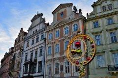 <h3>Na Staroměstském náměstí</h3><p>Na Štědrý den ráno vyfotila Jana Ježková</p><hr /><a href='http://www.facebook.com/sharer.php?u=http://www.milujuprahu.cz/2013/12/probouzeni-do-stedreho-dne-jany-jezkove/' target='_blank' title='Share this page on Facebook'><img src='http://www.milujuprahu.cz/wp-content/themes/twentyten/images/flike.png' /></a><a href='https://plusone.google.com/_/+1/confirm?hl=en&url=http://www.milujuprahu.cz/2013/12/probouzeni-do-stedreho-dne-jany-jezkove/' target='_blank' title='Plus one this page on Google'><img src='http://www.milujuprahu.cz/wp-content/themes/twentyten/images/plusone.png' /></a><a href='http://www.pinterest.com/pin/create/button/?url=http://www.milujuprahu.cz&media=http://www.milujuprahu.cz/wp-content/uploads/2013/12/DSC_1605.jpg&description=Next%20stop%3A%20Pinterest' data-pin-do='buttonPin' data-pin-config='beside' target='_blank'><img src='http://assets.pinterest.com/images/pidgets/pin_it_button.png' /></a>
