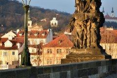 <h3>Na Karlově mostě</h3><p>Na Štědrý den ráno vyfotila Jana Ježková</p><hr /><a href='http://www.facebook.com/sharer.php?u=http://www.milujuprahu.cz/2013/12/probouzeni-do-stedreho-dne-jany-jezkove/' target='_blank' title='Share this page on Facebook'><img src='http://www.milujuprahu.cz/wp-content/themes/twentyten/images/flike.png' /></a><a href='https://plusone.google.com/_/+1/confirm?hl=en&url=http://www.milujuprahu.cz/2013/12/probouzeni-do-stedreho-dne-jany-jezkove/' target='_blank' title='Plus one this page on Google'><img src='http://www.milujuprahu.cz/wp-content/themes/twentyten/images/plusone.png' /></a><a href='http://www.pinterest.com/pin/create/button/?url=http://www.milujuprahu.cz&media=http://www.milujuprahu.cz/wp-content/uploads/2013/12/DSC_1691.jpg&description=Next%20stop%3A%20Pinterest' data-pin-do='buttonPin' data-pin-config='beside' target='_blank'><img src='http://assets.pinterest.com/images/pidgets/pin_it_button.png' /></a>