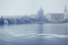 <h3>Most </h3><p>Foto: Robin Rezek</p><hr /><a href='http://www.facebook.com/sharer.php?u=http://www.milujuprahu.cz/2014/02/prazske-mlhy-robina-rezka/' target='_blank' title='Share this page on Facebook'><img src='http://www.milujuprahu.cz/wp-content/themes/twentyten/images/flike.png' /></a><a href='https://plusone.google.com/_/+1/confirm?hl=en&url=http://www.milujuprahu.cz/2014/02/prazske-mlhy-robina-rezka/' target='_blank' title='Plus one this page on Google'><img src='http://www.milujuprahu.cz/wp-content/themes/twentyten/images/plusone.png' /></a><a href='http://www.pinterest.com/pin/create/button/?url=http://www.milujuprahu.cz&media=http://www.milujuprahu.cz/wp-content/uploads/2014/02/most_vetve_HDR1.jpg&description=Next%20stop%3A%20Pinterest' data-pin-do='buttonPin' data-pin-config='beside' target='_blank'><img src='http://assets.pinterest.com/images/pidgets/pin_it_button.png' /></a>