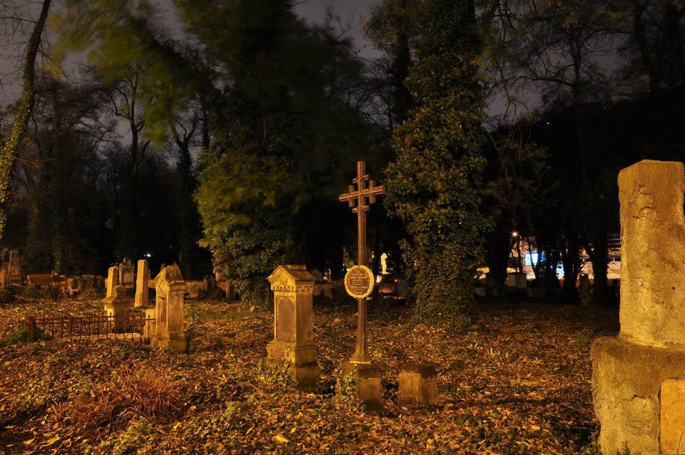 Tajemné noční čtení na Malostranském hřbitově