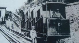Před 125 lety zahájila provoz první lanová dráha v Praze