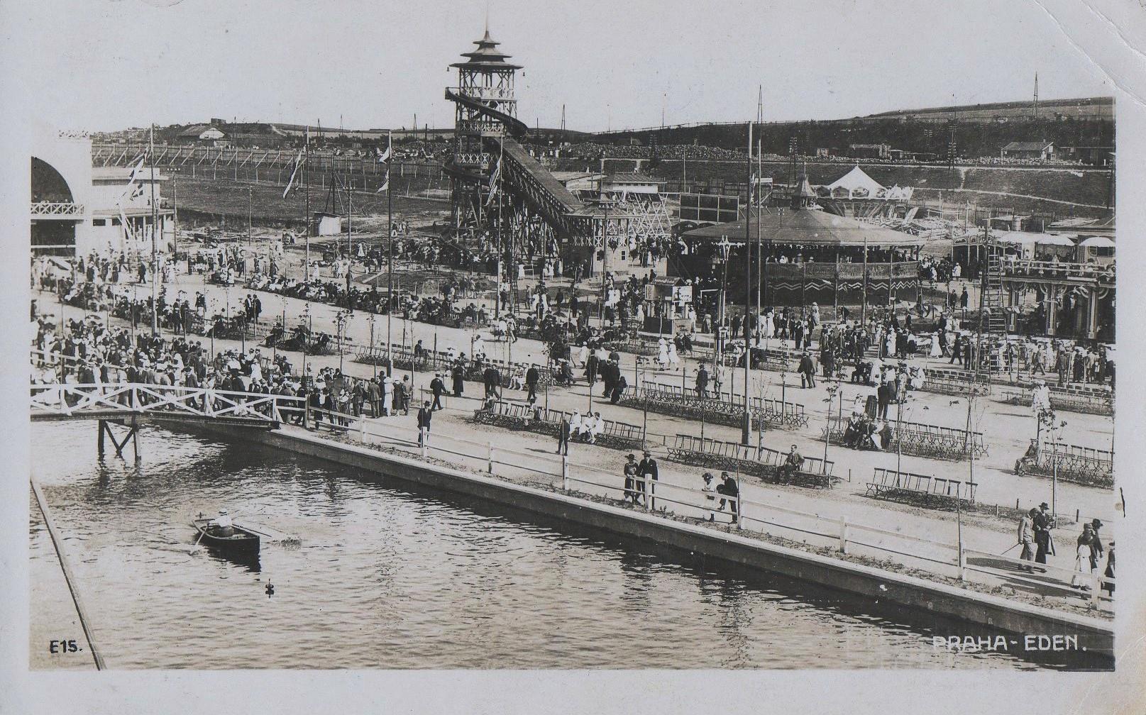 Laguna a věž tobogánu