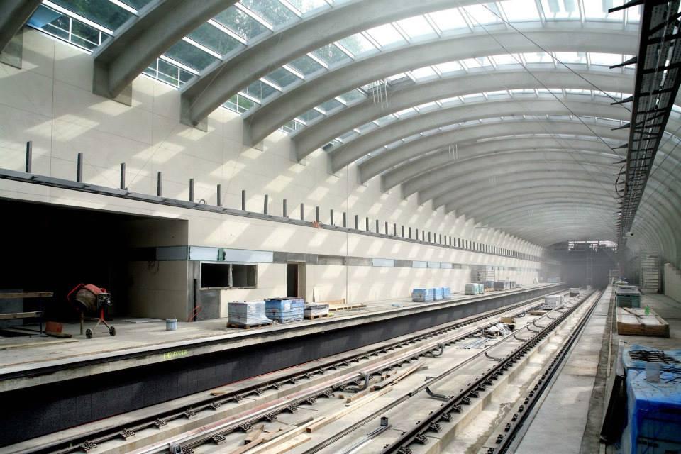 Stanice metra Nemocnice Motol - stav červen 2014 - Foto: Metrostav