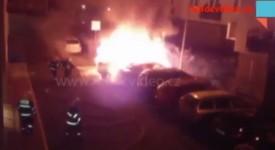 VIDEO: Auto skončilo v plamenech. BMW lehlo popelem