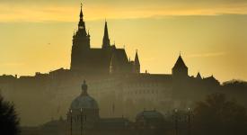 Praha je jako žena – neodolatelná a svůdná, vyznává se Charlie