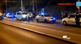 Exkluzivní videa: Nehoda ve Francouzské zastavila na 2 hodiny dopravu