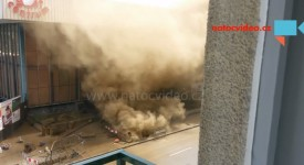 VIDEO: Mohutný hřib prachu zastavil provoz na Strakonické