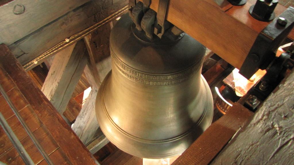 Desátý nejstarší pražský zvon Maria byl odlit zvonařem Barotolomějem z Nového Města pražského v roce 1518. Váží 723 kilogramů a průměr má 101 centimetrů - Foto: David Černý