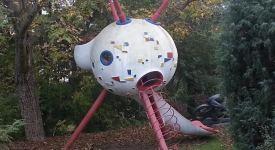 Sputnik se vznesl ze Stromovky. Přistál na Babě v zahradě vilky pana Břínka