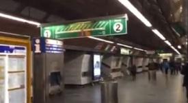 Hlášení o zkoušce sirén v ruštině ve stanici metra zaskočilo cestující