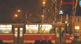 Kompletní náhradní autobusová doprava. Tramvaje v Praze nejezdí
