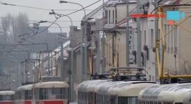 Aktuální videa! Praha sevřená v ledovém krunýři