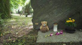 Fotografie, ze kterých mrazí. Dětský hřbitov v Ďáblicích