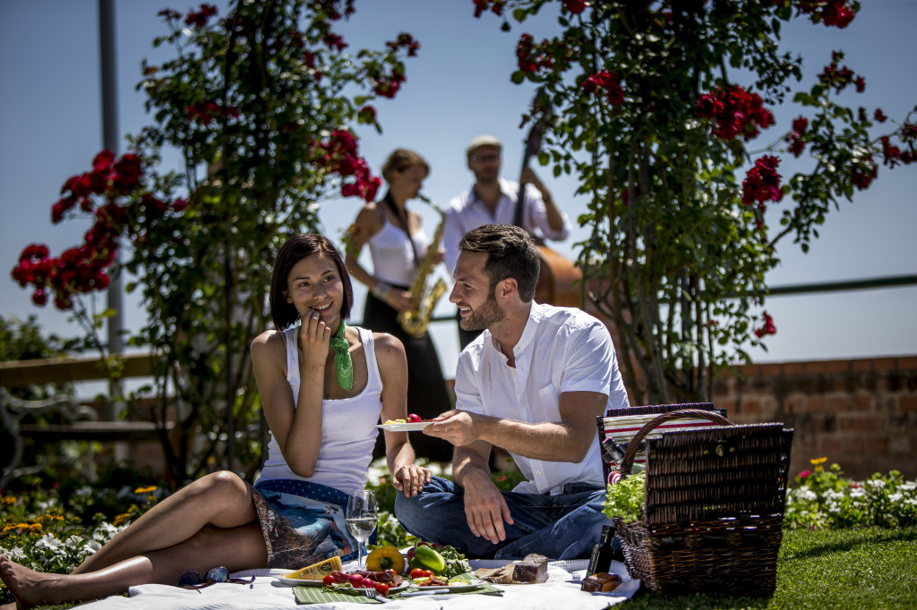Piknik na  Schloßbergu - Foto: © Steiermark Tourismus / ikarus.cc