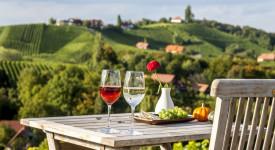 Dovolená ve Štýrsku: Pikniky a putování od ledovce k vínu
