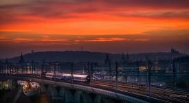 SRDEČNÍ ZÁLEŽITOST. 10 dechberoucích fotek pražských mostů