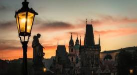 12 nejkrásnějších červencových fotek. Když v Praze vychází slunce…