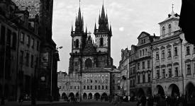 PRAŽSKÁ NOSTALGIE I. Šedesátá léta v Praze na fotkách Dušana Neumanna