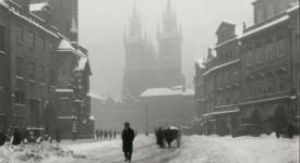 Když se Praha zahalí do bílého. Historické snímky zimního města
