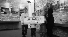 Děti z Klokánku dostaly 21 560,- Kč z prodeje kalendáře. Děkujeme fanouškům Miluju Prahu