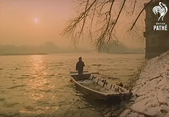 Vltava - Repro z British Pathé (1967)