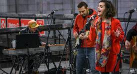 Hudební akce Nalaďte se v metru na fotografiích Richarda Horáka