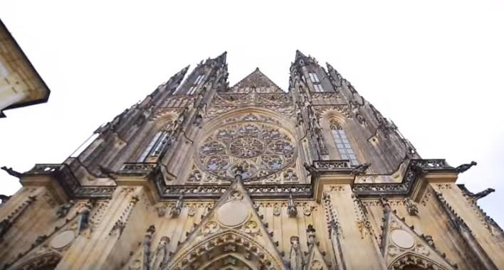 Prohlédněte si chrám svatého Víta - Repro: Stream Interantional