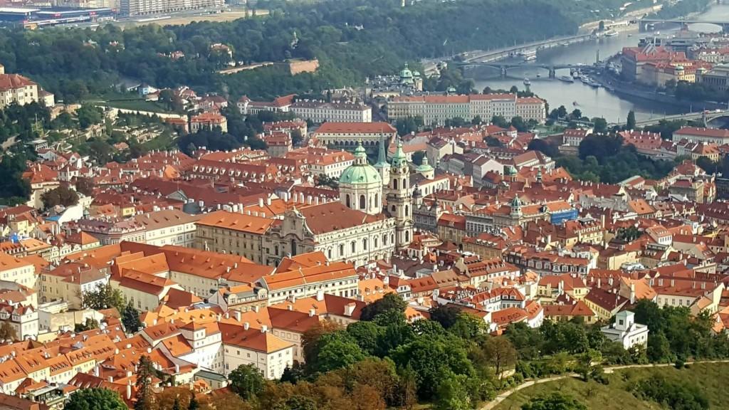 Malá Strana s dominantou chrámu svatého Mikuláše - Foto: David Černý - MilujuPrahu.cz