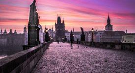 Karlův most slaví 660. narozeniny. Praha připravila bohatý program