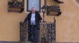 ZÁZRAKY SE DĚJÍ. Co skrývá tajemný balkonek s věčným světýlkem u Karlova mostu