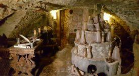Tajemství domu, kterého se bála celá Praha odhaleno! Sklepení skrývá tajnou alchymistickou dílnu