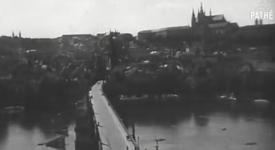 PRAHA před 70 lety v unikátní snímku britského filmového archivu