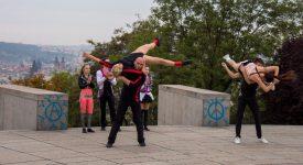 Zábava, tanec, akrobacie. Největší událost akrobatického roknerolu je tu