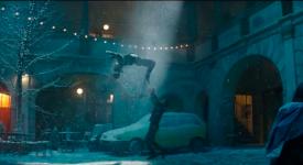 Praha jede! V nové sérii vánočních reklam firmy Apple hraje hlavní roli