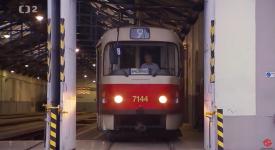 VELKÉ LOUČENÍ. Klasické tramvaje T3 zůstaly už jen na nostalgické lince