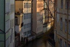 <h3>Čertovka</h3><p>Na Štědrý den ráno vyfotila Jana Ježková</p><hr /><a href='http://www.facebook.com/sharer.php?u=https://www.milujuprahu.cz/probouzeni-do-stedreho-dne-jany-jezkove/' target='_blank' title='Share this page on Facebook'><img src='https://www.milujuprahu.cz/wp-content/themes/twentyten/images/flike.png' /></a><a href='https://plusone.google.com/_/+1/confirm?hl=en&url=https://www.milujuprahu.cz/probouzeni-do-stedreho-dne-jany-jezkove/' target='_blank' title='Plus one this page on Google'><img src='https://www.milujuprahu.cz/wp-content/themes/twentyten/images/plusone.png' /></a><a href='http://www.pinterest.com/pin/create/button/?url=https://www.milujuprahu.cz&media=https://www.milujuprahu.cz/wp-content/uploads/2013/12/DSC_1726.jpg&description=Next%20stop%3A%20Pinterest' data-pin-do='buttonPin' data-pin-config='beside' target='_blank'><img src='https://assets.pinterest.com/images/pidgets/pin_it_button.png' /></a>