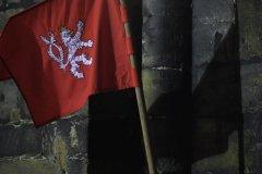 <h3>Vlajka se lvem</h3><p>Foto: Metron Film</p><hr /><a href='http://www.facebook.com/sharer.php?u=https://www.milujuprahu.cz/to-je-podivana-nejkrasnejsi-video-z-predvanocni-prahy/' target='_blank' title='Share this page on Facebook'><img src='https://www.milujuprahu.cz/wp-content/themes/twentyten/images/flike.png' /></a><a href='https://plusone.google.com/_/+1/confirm?hl=en&url=https://www.milujuprahu.cz/to-je-podivana-nejkrasnejsi-video-z-predvanocni-prahy/' target='_blank' title='Plus one this page on Google'><img src='https://www.milujuprahu.cz/wp-content/themes/twentyten/images/plusone.png' /></a><a href='http://www.pinterest.com/pin/create/button/?url=https://www.milujuprahu.cz&media=https://www.milujuprahu.cz/wp-content/uploads/2013/12/vlajka-se-lvem1.jpg&description=Next%20stop%3A%20Pinterest' data-pin-do='buttonPin' data-pin-config='beside' target='_blank'><img src='https://assets.pinterest.com/images/pidgets/pin_it_button.png' /></a>