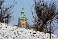 <h3>Chrám svatého Víta</h3><p>Foto: Jana Ježková</p><hr /><a href='http://www.facebook.com/sharer.php?u=https://www.milujuprahu.cz/kdyz-v-praze-mrzne-nadherne-fotky-jany-jezkove/' target='_blank' title='Share this page on Facebook'><img src='https://www.milujuprahu.cz/wp-content/themes/twentyten/images/flike.png' /></a><a href='https://plusone.google.com/_/+1/confirm?hl=en&url=https://www.milujuprahu.cz/kdyz-v-praze-mrzne-nadherne-fotky-jany-jezkove/' target='_blank' title='Plus one this page on Google'><img src='https://www.milujuprahu.cz/wp-content/themes/twentyten/images/plusone.png' /></a><a href='http://www.pinterest.com/pin/create/button/?url=https://www.milujuprahu.cz&media=https://www.milujuprahu.cz/wp-content/uploads/2014/01/118.jpg&description=Next%20stop%3A%20Pinterest' data-pin-do='buttonPin' data-pin-config='beside' target='_blank'><img src='https://assets.pinterest.com/images/pidgets/pin_it_button.png' /></a>