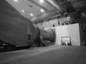 Tato vzduchotechnika zajišťuje vzduch v případě, že se tunel změní v kryt - Foto: Eugen Kukla
