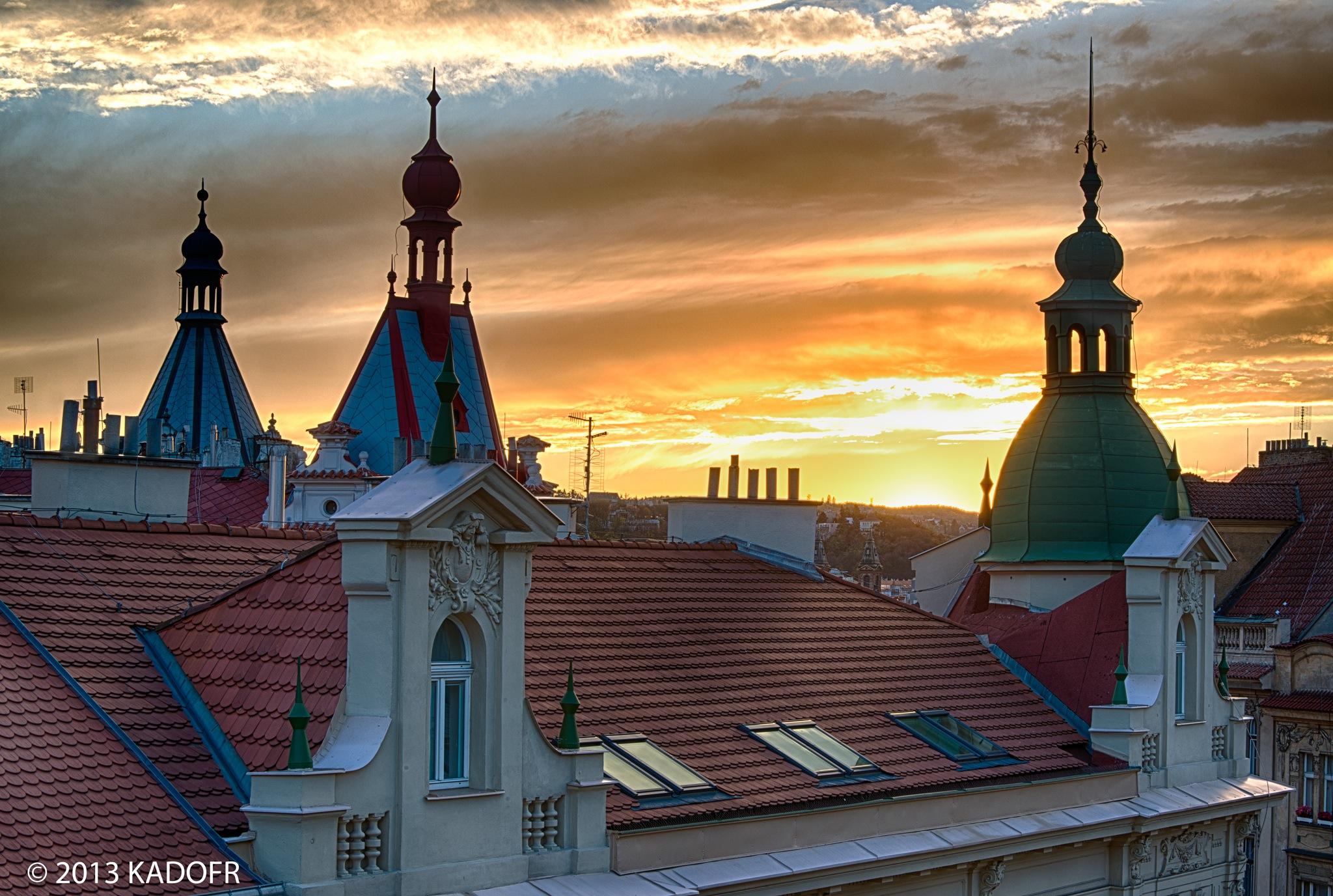 Věže a střech všech pražských měst - (Foto: Karel Dobeš)