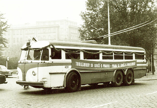 15.10.1972. Trolejbusy se loučí s Prahou, Praha se loučí s trolejbusy. Po 36 letech...