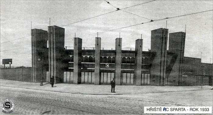 Stadion Sparty v roce 1933 stál od slávistického na dohled