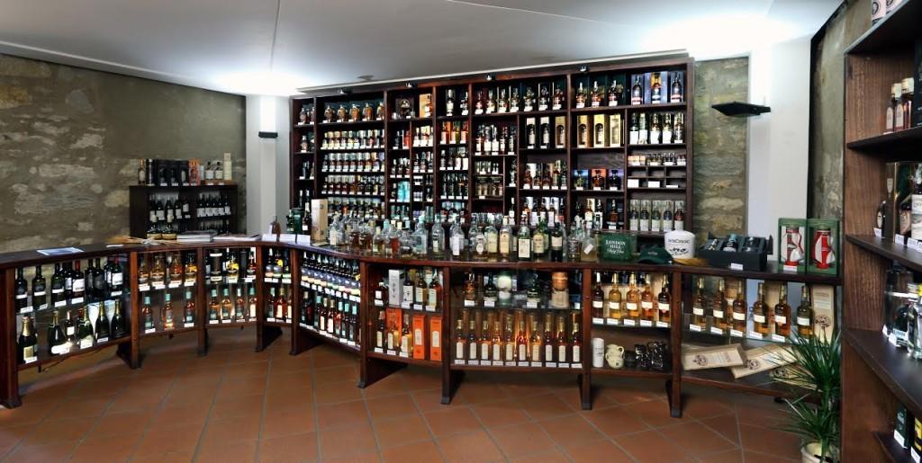 Prodejna whisky ve druhém patře věže  - Foto: Jindřišská věž