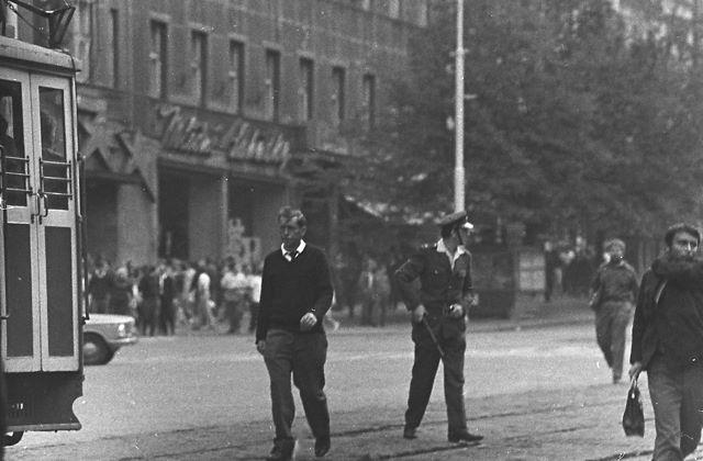 21.8.1969 - Praha, Václavské náměstí - Foto: Dušan Neumann