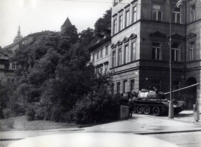 Naše Praha - Děkujeme panu Dušanu Neumannovi za poskytnutí fotografii, jejichž je autorem