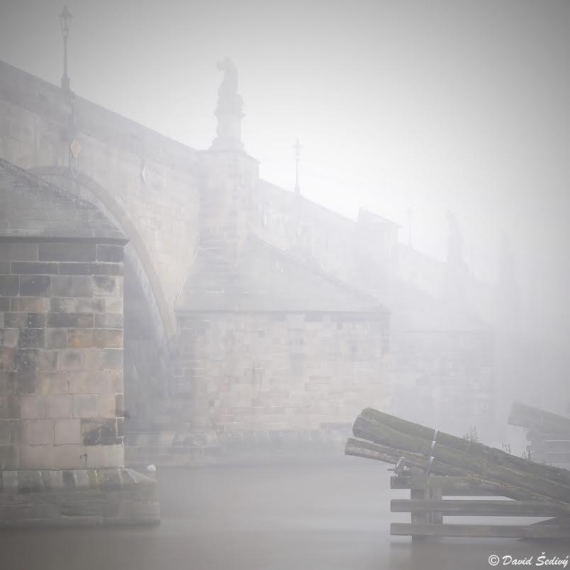 Mlha pod mostem - Foto: David Šedivý