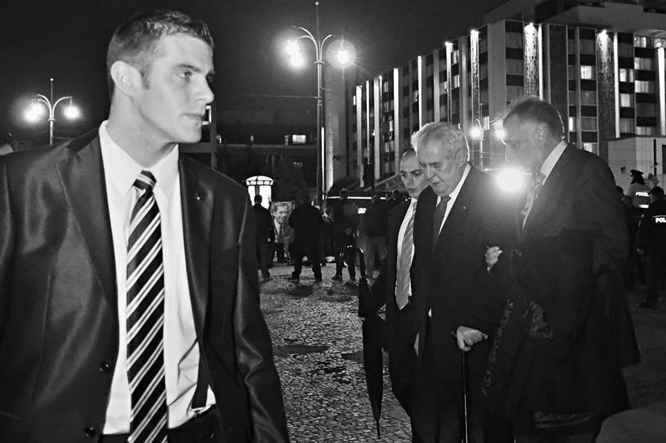 President Zeman odchází z PF UK. Praha 17.XI.2014- Foto: Eugen Kukla