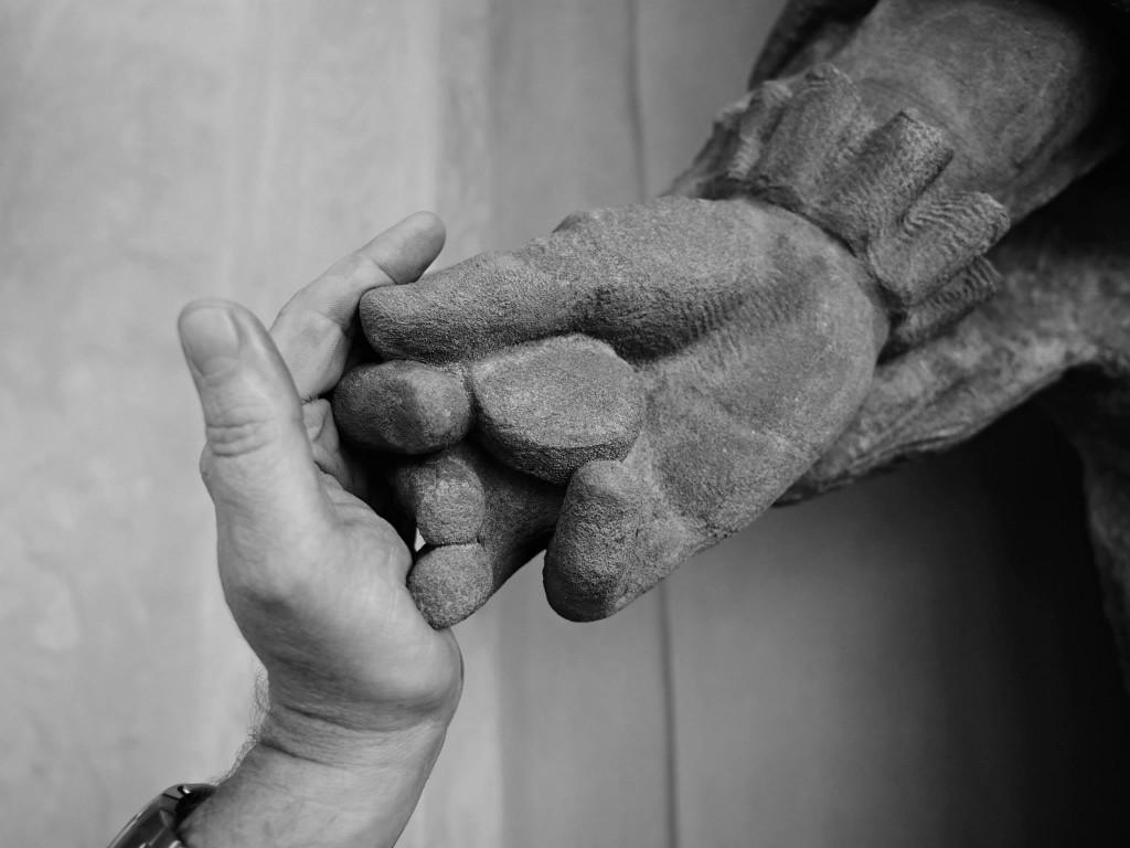 Udivující jsou detaily zpracování soch, které můžete spatřit jen, když je na kostele lešení. - Foto: Eugen Kukla