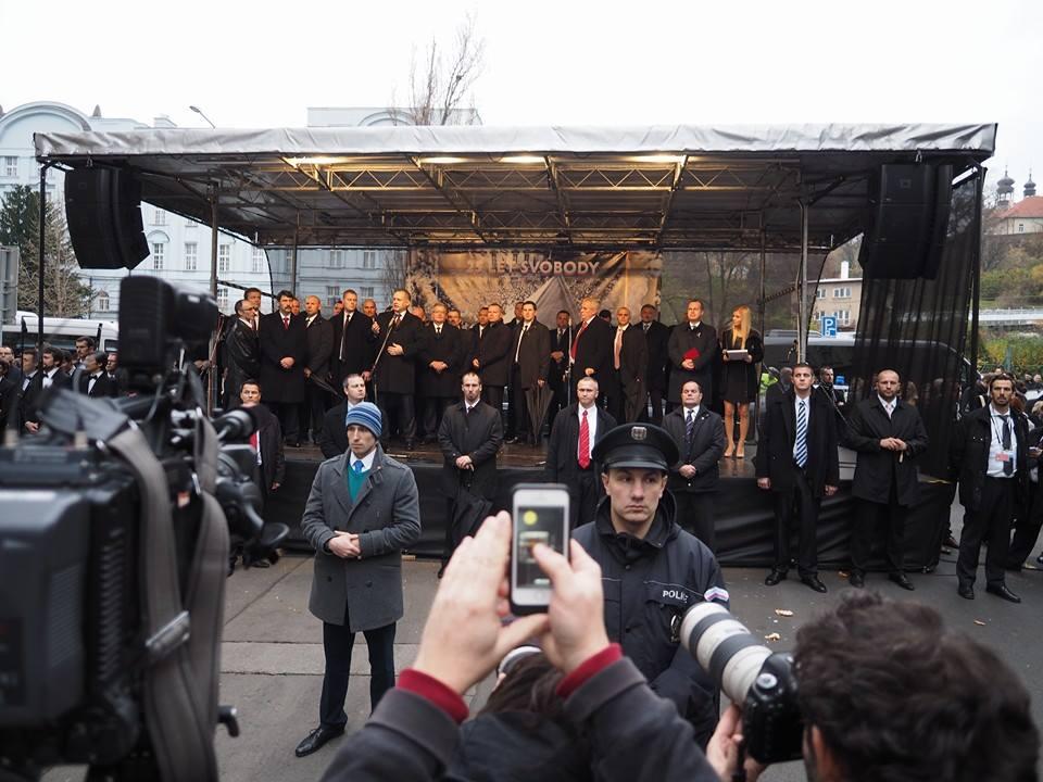 Hovoří německý president Gauck. Praha - Albertov 17.XI.2014 - Foto: Eugen Kukla